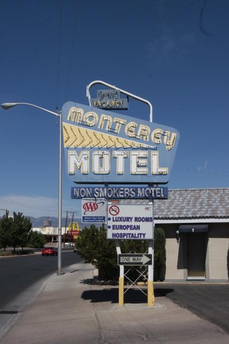Monterey Motel iin Albuquerque.