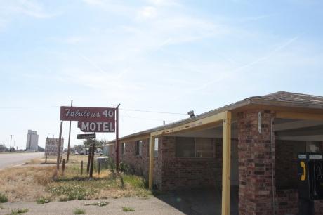 Fabulous 40 Motel..not looking so fabulous.