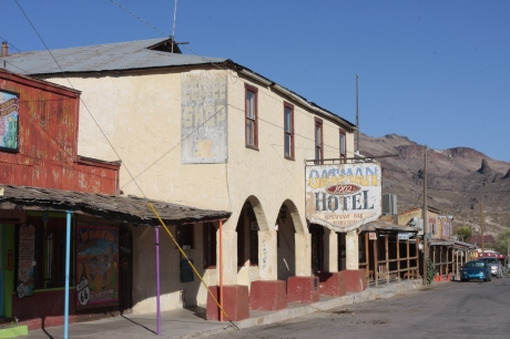 Oatman hotel.