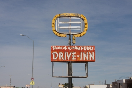 Old fast food joint, now out of business.